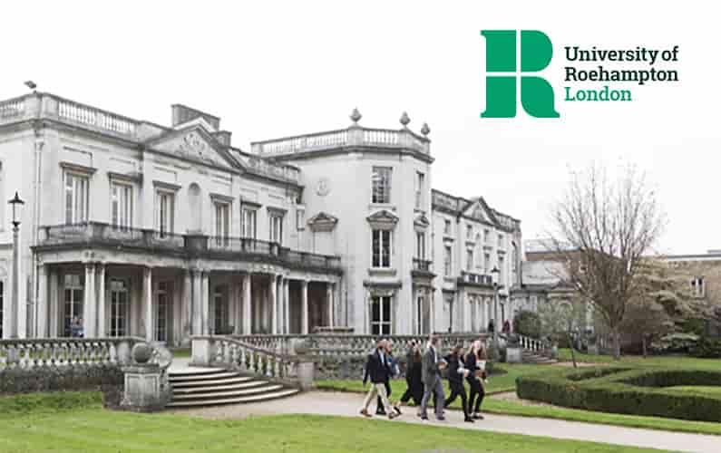 منحة جامعة روهامبتون المملكة المتحدة لدراسة البكالوريوس 2020-21