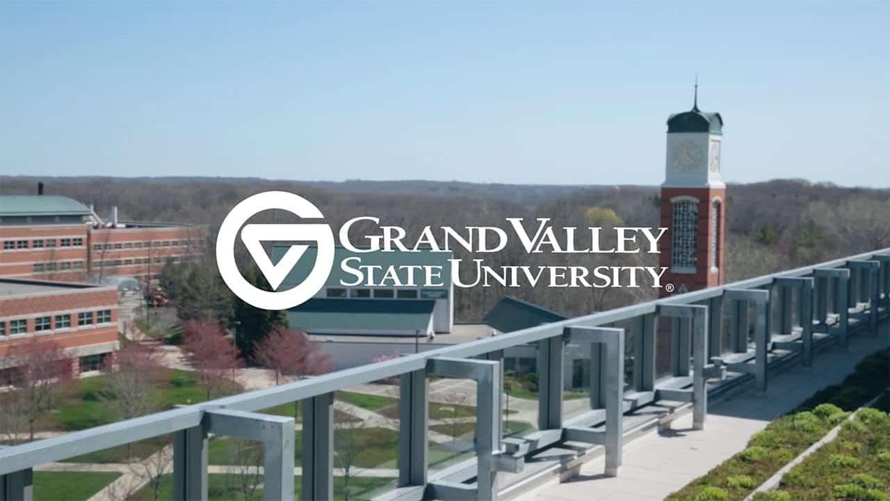 منحة جامعة ولاية جراند فالي في أمريكا لدراسة البكالوريوس والدراسات العليا 2021