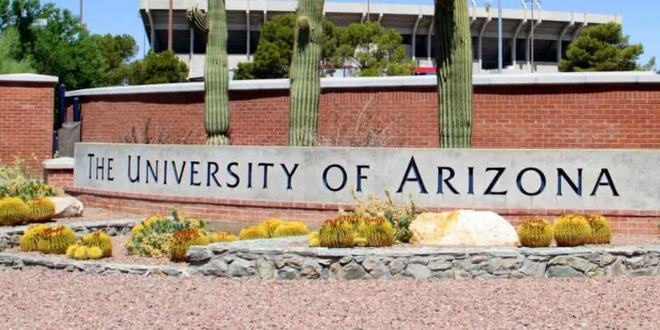 منحة جامعة أريزونا في الولايات المتحدة الأمريكية للحصول على البكالوريوس 2021