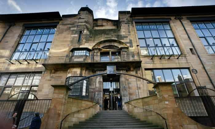 منحة مدرسة غلاسكو للفنون للدراسات العليا في المملكة المتحدة (ممولة)