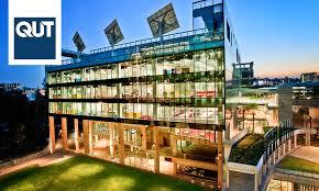 منحة كلية الحقوق جامعة كوينزلاند لدراسة البكالوريوس والدراسات العليا في أستراليا