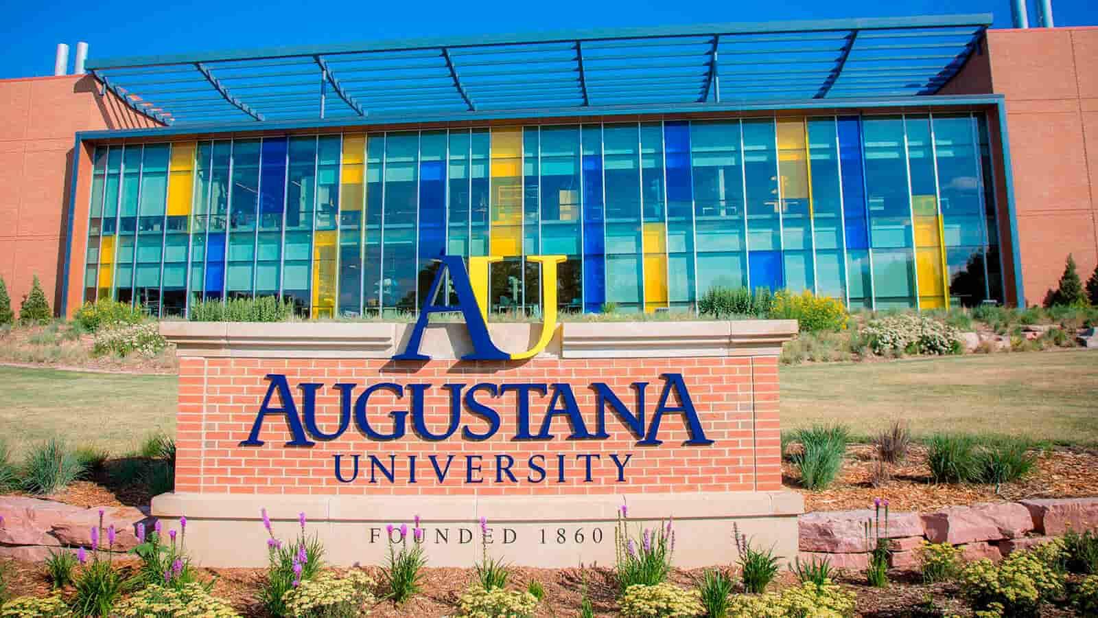 منحة جامعة أوغوستانا لدراسة البكالوريوس الولايات المتحدة الأمريكية 2021