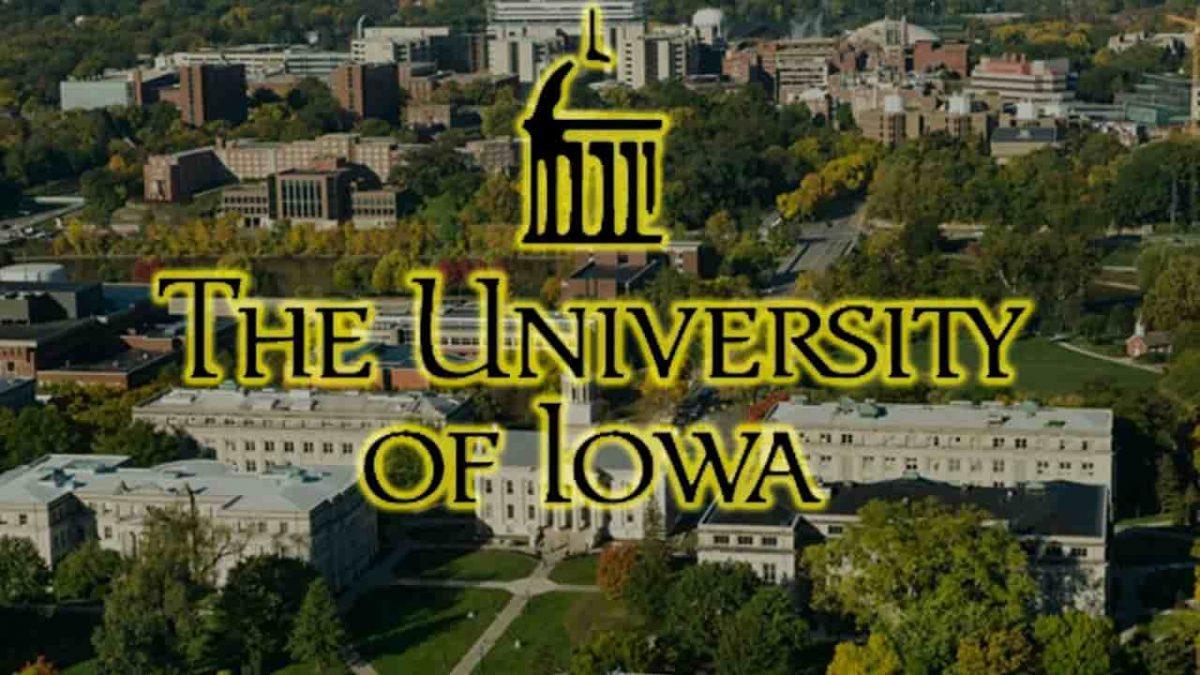 منحة جامعة IOWA لدراسة البكالوريوس في الولايات المتحدة 2021
