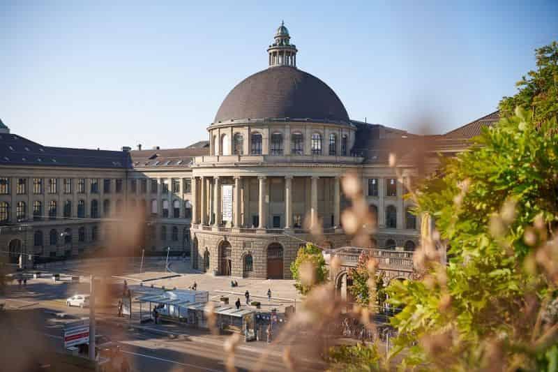 منح جامعة ETH زيورخ لدراسة الماجستير في سويسرا 2021 (ممولة)