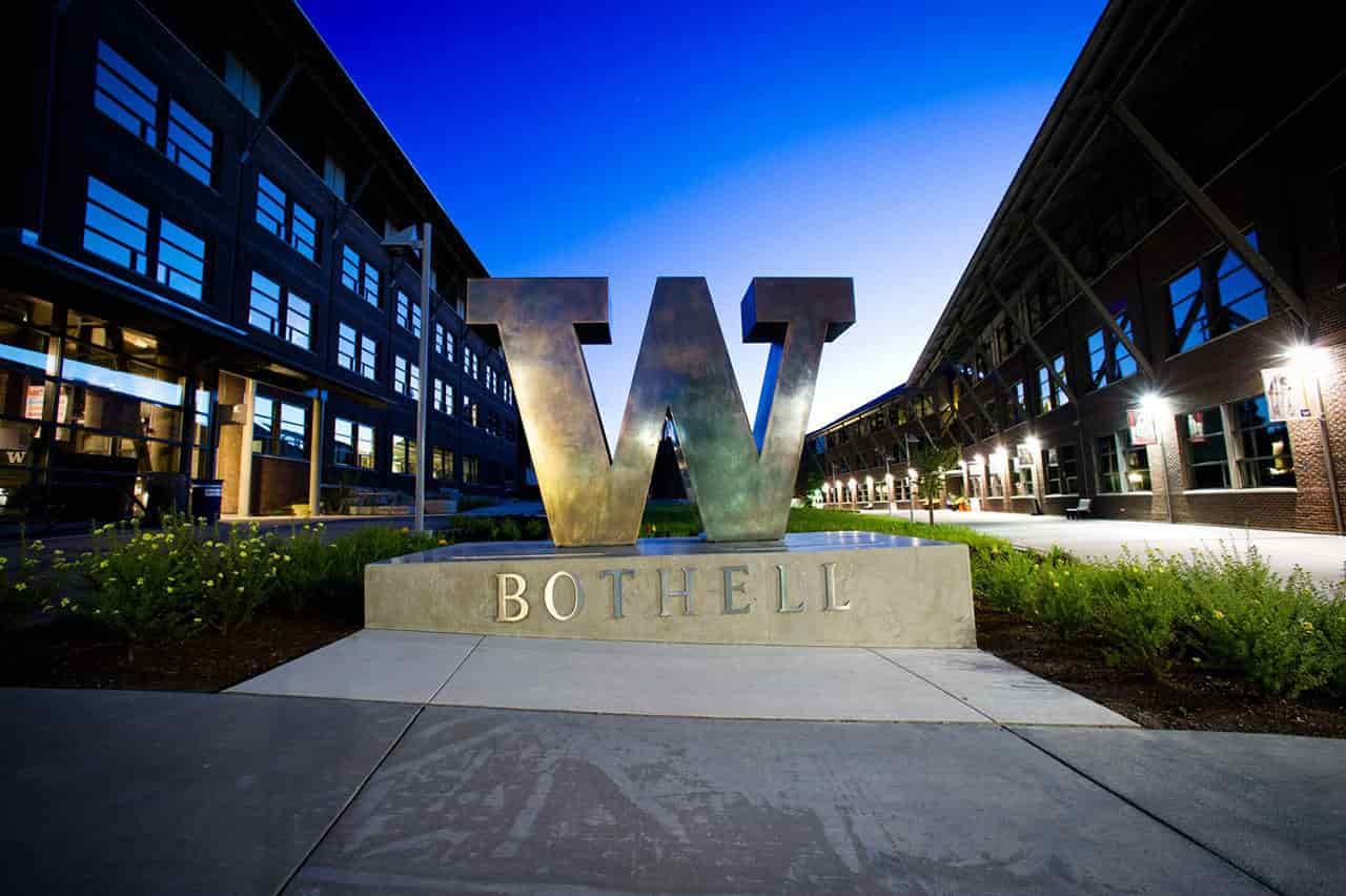 منحة جامعة واشنطن بوثيل لدراسة البكالوريوس في الولايات المتحدة الأمريكية 2021
