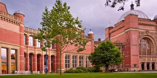منح جامعة برمنغهام لدراسة الماجستير في المملكة المتحدة 2021