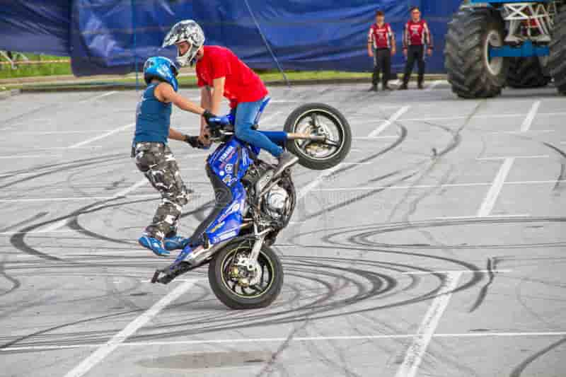 قدم الأن في مسابقة Two Wheels Photo المقدمة من ViewBug لعام 2021