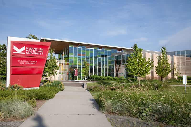 منحة جامعة Kwantlen Polytechnic لدراسة البكالوريوس والماجستير في كندا 2021