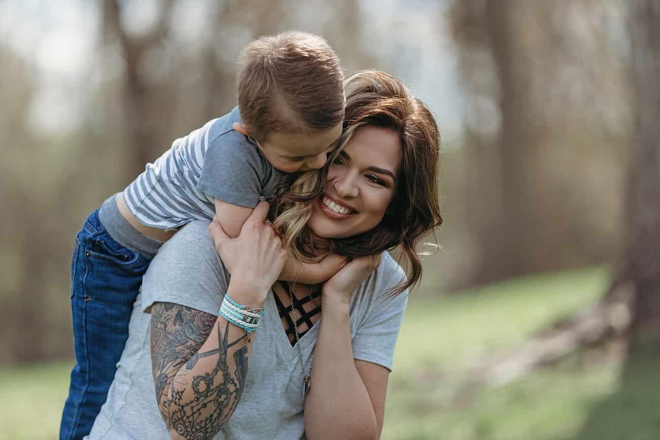فرصة التقديم والمشاركة في مسابقة Mommy Love Photo والفوز بجائزة قدرها 500 دولار عبر الإنترنت 2021