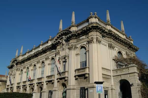 منحة جامعة البوليتكنيك في ميلانو لدراسة الماجستير في إيطاليا 2021 (ممولة)