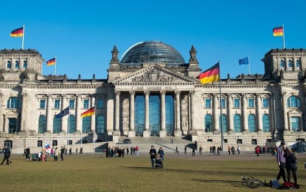 برنامج تبادل ثقافي في ألمانيا ممول بالكامل من البرلمان الألماني لعام 2021