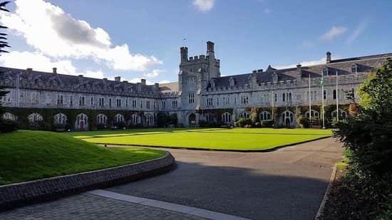 منحة University College Cork لدراسة الماجستير والدكتوراه في أيرلندا 2021